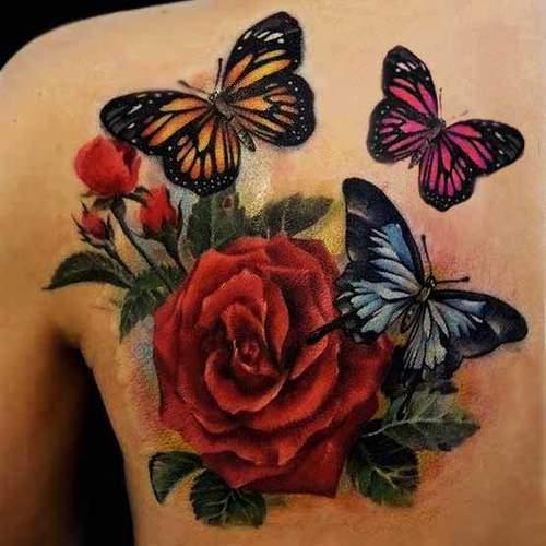 Tattoo Frauen Rose und Schmetterling