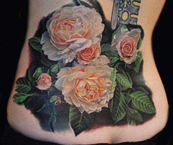 Tattoo Rose Rücken 6