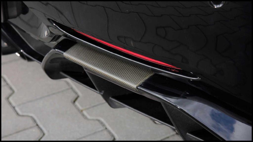 Mercedes-AMG-GT-R_13