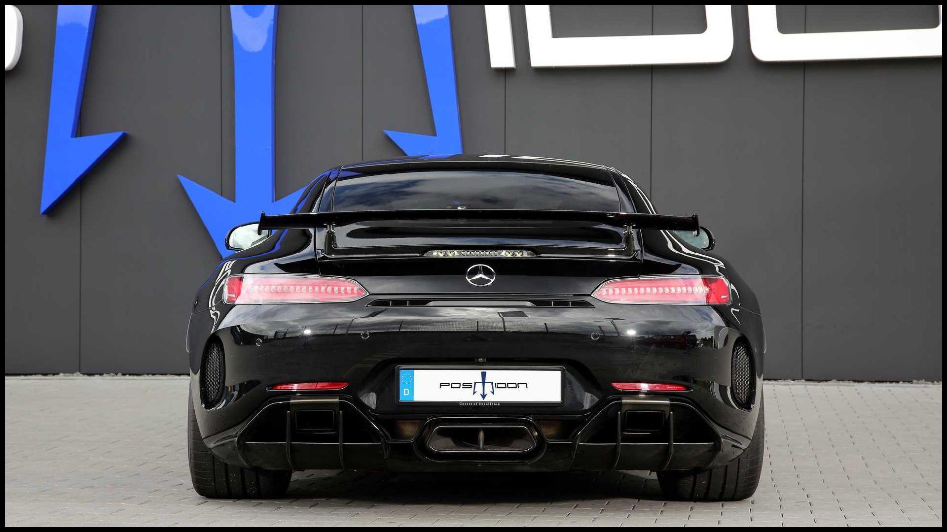 Mercedes-AMG-GT-R_5