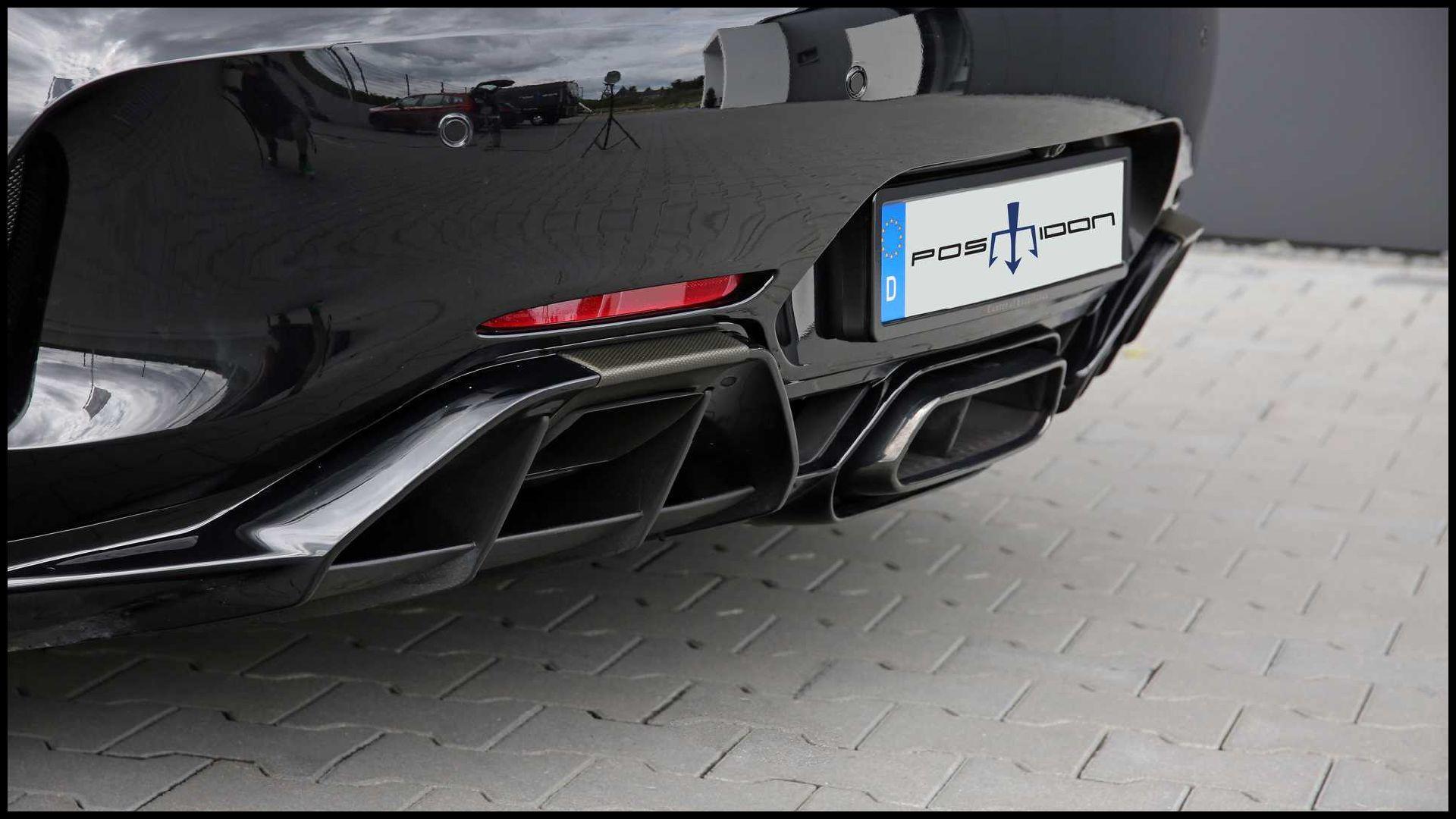 Mercedes-AMG-GT-R_7